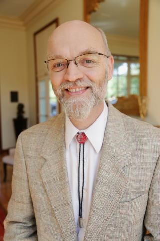 Jonathan Kulp headshot